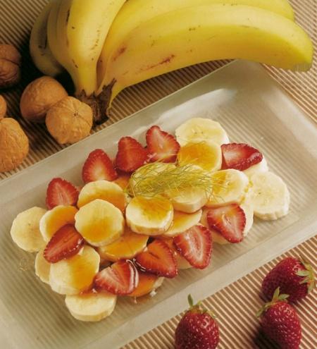 Plátano con nueces y bienmsabe
