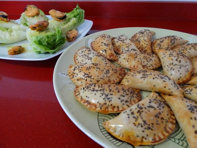 Hoy cocinamos empanadillas de at n al horno mam s - Cocinar sin grasa ...