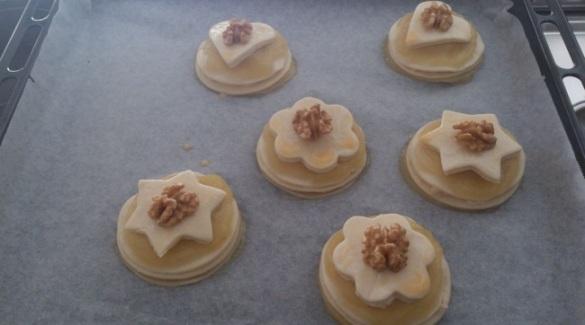 pastelitos compota de manzana y crema